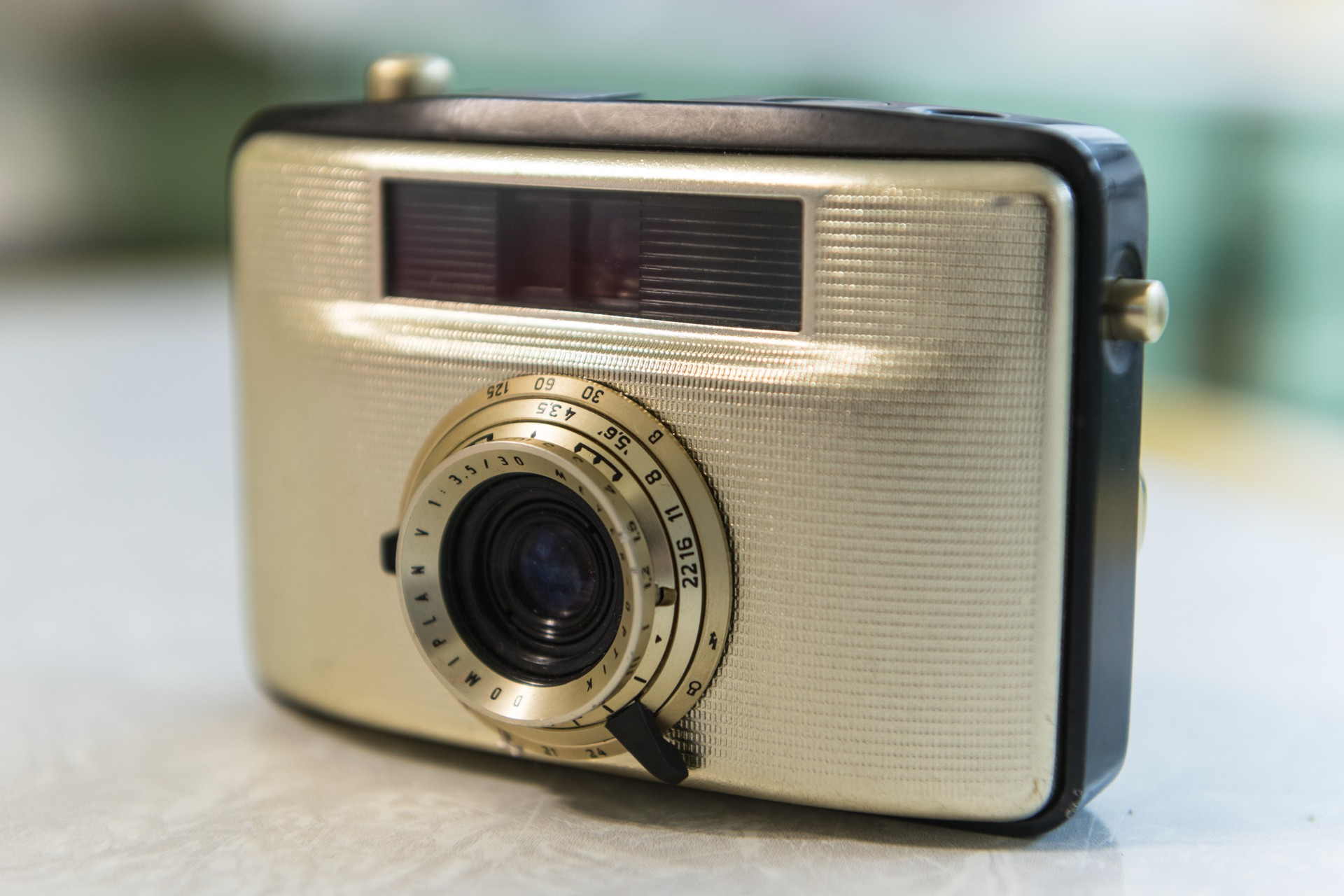 The Welta Penti I was manufactured in the former East Germany in the late 1950s.  It is a beauty of a little half-frame camera!